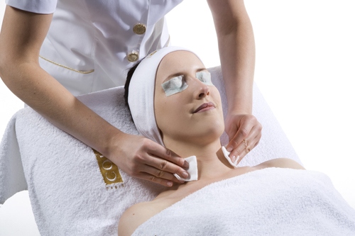 Regenerating Professional Peeling Treatment