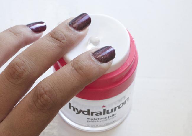 hydraluron_moisturise_jelly2