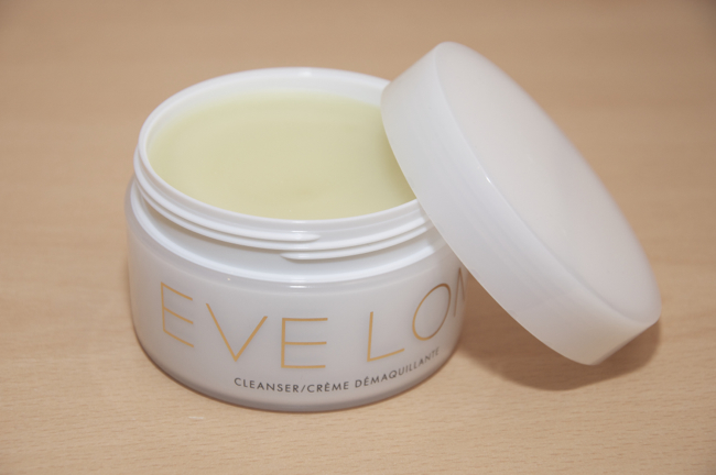 eve_lom_cleanser