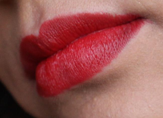 GOSH_matt_velvet_lipstick_classic_red