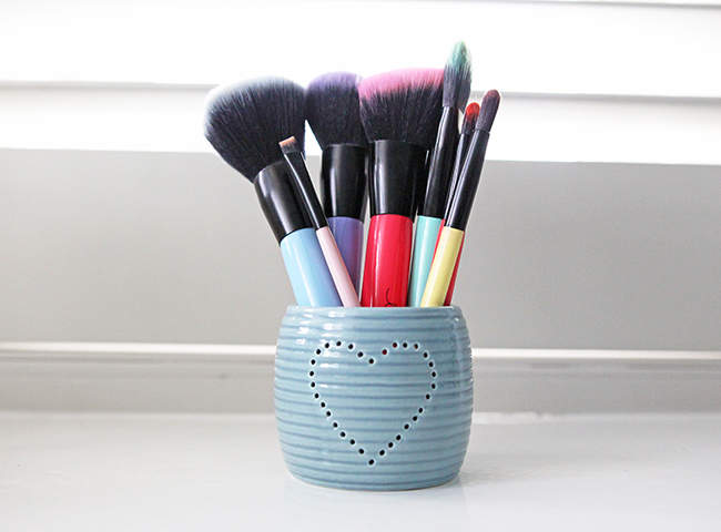 Lottie London Brushes
