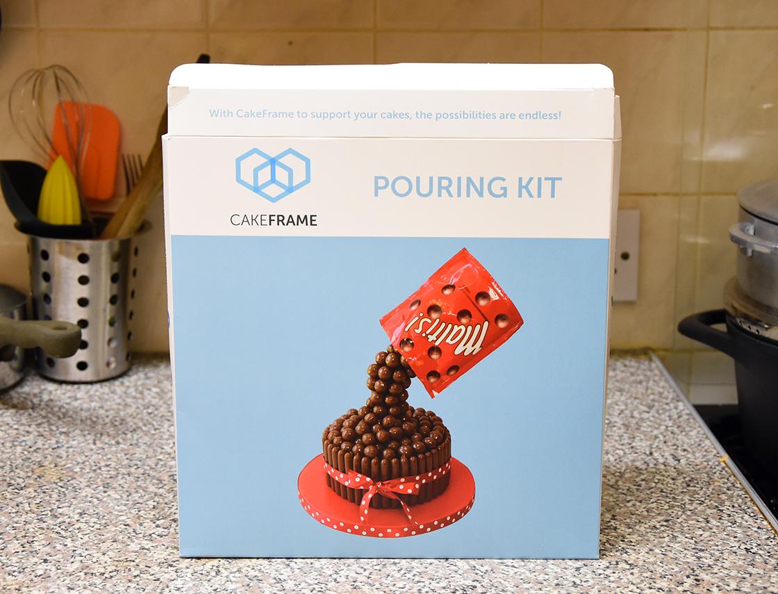 hobbycraft-anti-gravity-cake2
